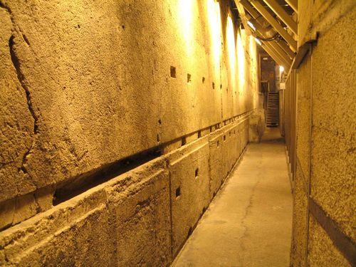 Rabbi-Tunnel-002